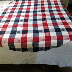 Other - Patriotic Round Tablecloth 64 inches